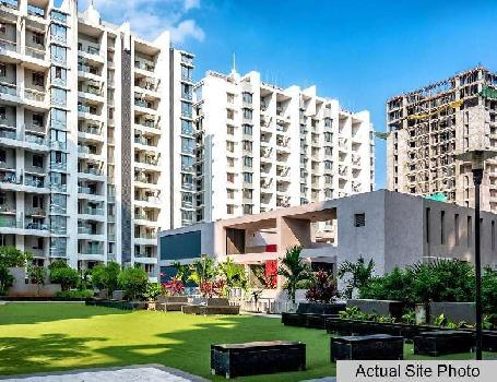 Bavdhan, Pebbles 2 Society, Available 3BHK 2000 sq.ft. Flat with 3 parkings for resale.