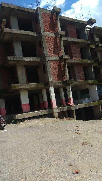 Flat available in sahstrdhara road