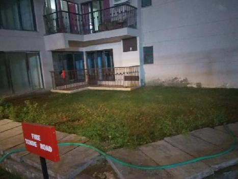 3 BHK Flats & Apartments for Sale in Sector 137, Noida