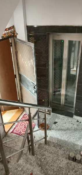 2 BHK Flats & Apartments for Sale in Block A, Krishna Nagar, Delhi