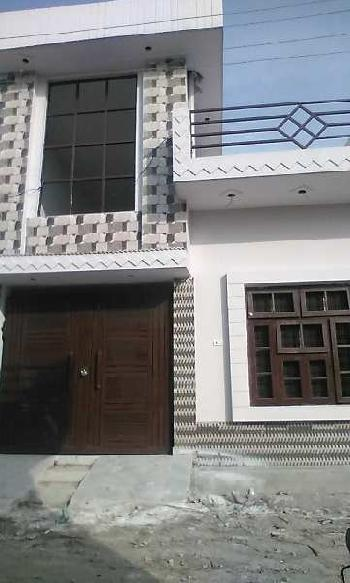 House is located in Raja garden