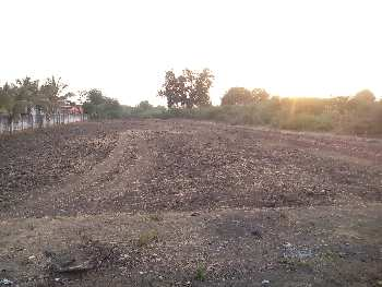 Open plot on the Road at Lambhvel, Anand