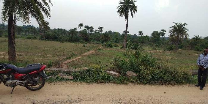 the commercial land on Road in JT Highway Kolkatta Road Govindpur