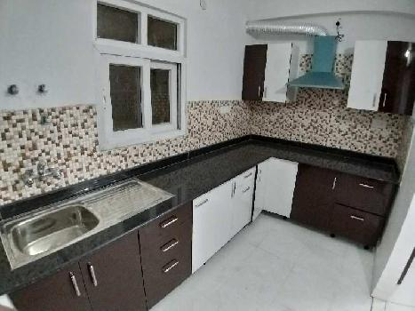 SEMIFURNISHED 3BHK READY TO MOVE IN FLAT
