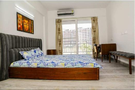 3BHK FLAT WITH SERVANT ROOM AND STUDY ROOM