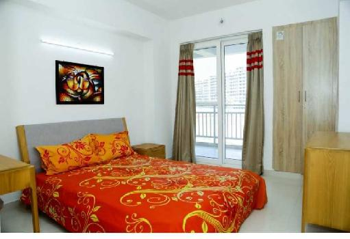 3BHK SEMIFURNISHED FLAT WITH SERVANT AND STUDY ROOM