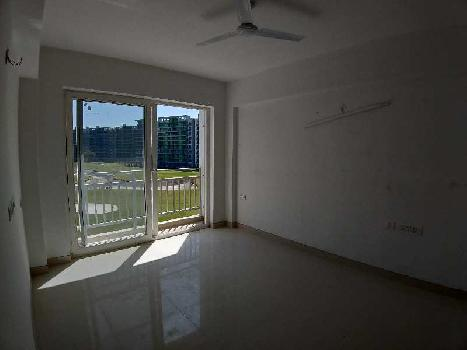 3BHK SEMIFURNISHED FLAT