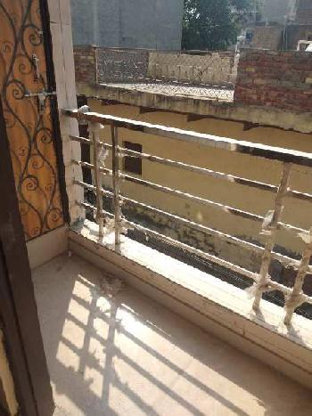 2 BHK Individual Houses / Villas for Sale in Om Vihar, Uttam Nagar, Delhi