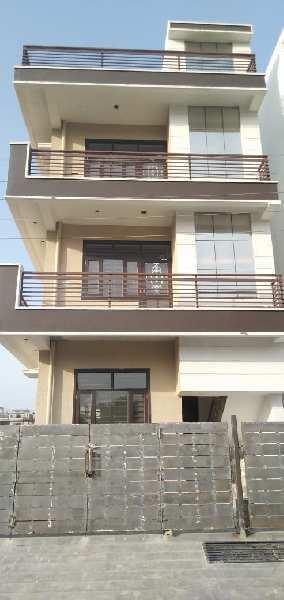 3 BHK Residential Apartment for Sale in Maharani Bagh, Dehradun, Uttarakhand