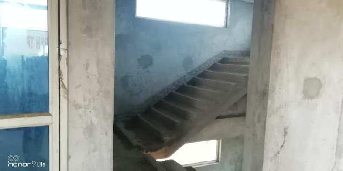 11000 Sq.ft. Factory / Industrial Building for Sale in Greater Noida