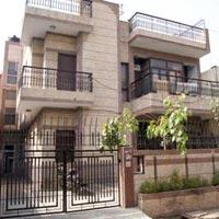 Buy house in Noida