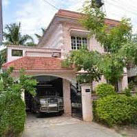 Flat for sale in omaxe grand wood