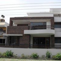 Kothi for Sale Near City Center in Noida