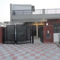 Buy house in Noida