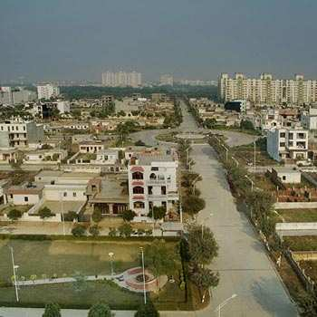 Plot For sale in Noida