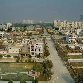 Plot For sale in Noida