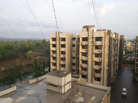 4bhk Semi Furnished Flat for Sell at Pramukh Garden Top Floor
