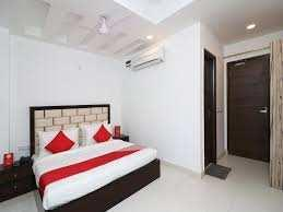 3 BHK Builder Floor For Sale In Lok Vihar, Pitampura