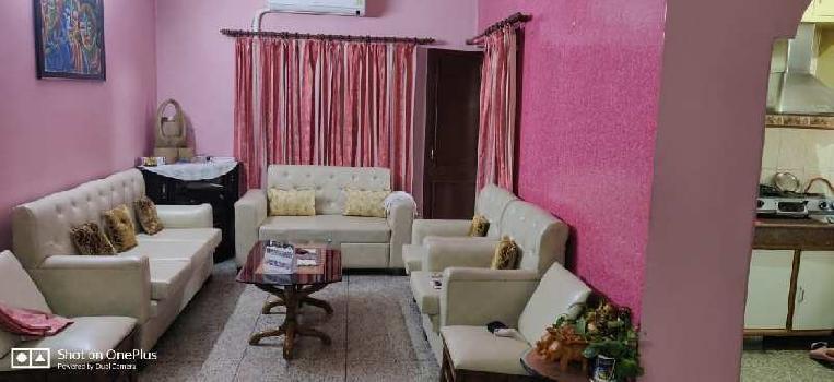 2bhk sec 9 orientel apartment . Floor for rent in sec9