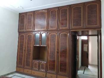 owner Free house Three bhk   available in model town  ludhiana