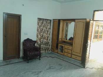 INDEPENDENT  ONE ROOM,KITCHEN WITH BATHROOM  AVAILABLE IN MODEL TOWN EXT LUDHIANA