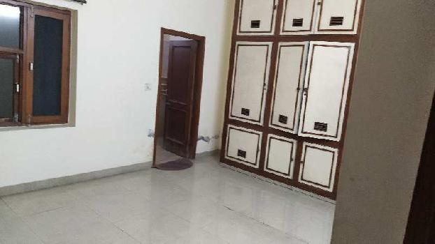 3bhk first floor well built house for rent at model town extension