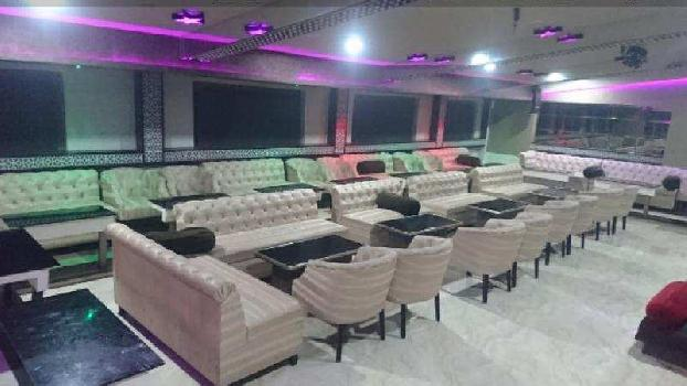 7000 SQFT CARPET RUNNING RESTAURANT,  LOUNGE with All License at Rs 9.90 LACS RE