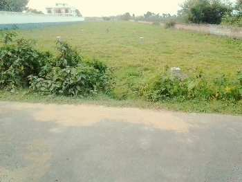 16 ft rood side land ,proper docoment ,bast land in kolkata near by ruby hospital .