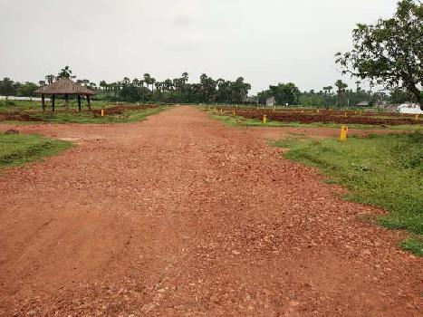 BEAUTIFUL RESIDENTIAL VUDA APPROVED OPEN PLOTS FOR SALE AT DAKAMARRI 100 ACRES VUDA LAYOUT