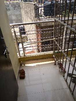 1 Rk semi furnished Room available for rent