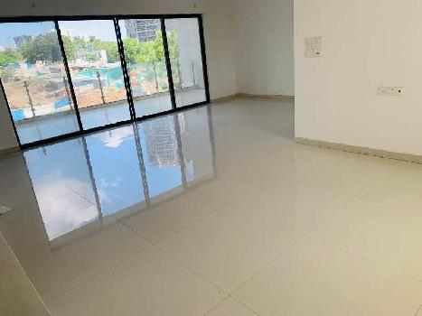 3 BHK Flats & Apartments for Sale in NIBM Road, Pune