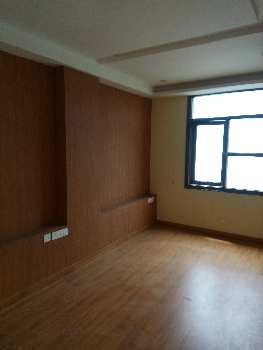 Flat in Nirman Nagar