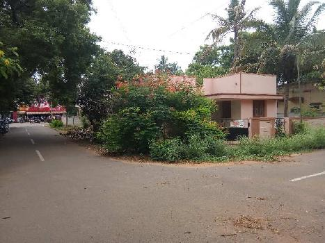 Residential plot 2800sq.ft with house for sale in kovai pudur.