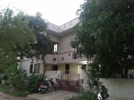 House 4 portion 2 floors for sale in postal colony near perur.