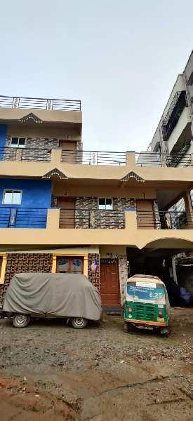 Independent G+2 floors building for sale in Narayanpura off Hennur Road