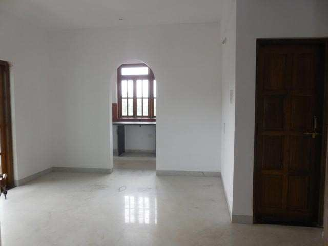 Flats & Apartments for Sale in Iscon-Ambli Road, Ahmedabad