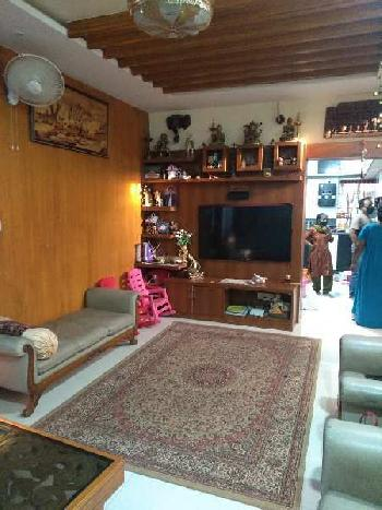 Independent duplex house for sale banjara layout  5bhk, 7AC home theater mini bar 1 car parking  own Borewell children  playarea