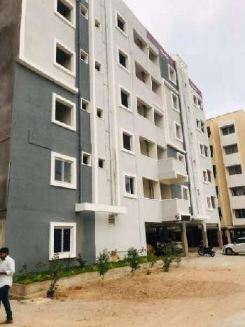Deluxe flat for sale at kondapur