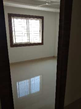 FLAT FOR SALE IN PRIME LOCATION OF KOLAR ROAD. NEAR AMARNATH COLONY BHOPAL
