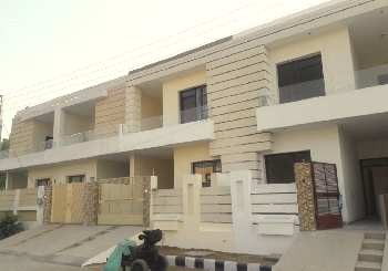 New house 3 bhk furnished in amrit vihar extension