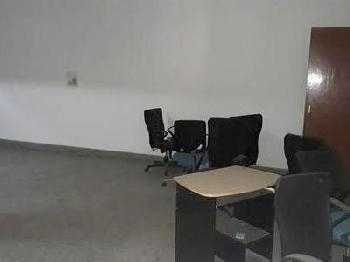 1100 sq ft Office Complex for rent in DLF City ph-4, Gurgaon