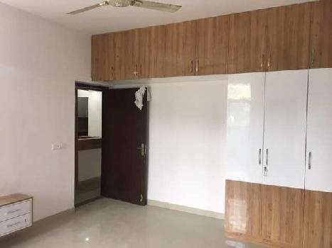 3 BHK Flats & Apartments for Sale in Sector 93b, Noida