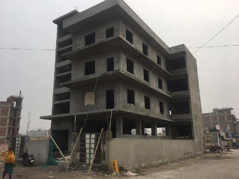 300 Sq.ft. Commercial Shops for Rent in Sector 137, Noida