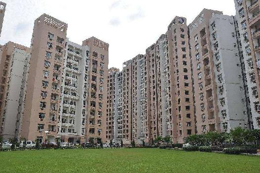 3 BHK Flat for sale at Vibhuti Khand