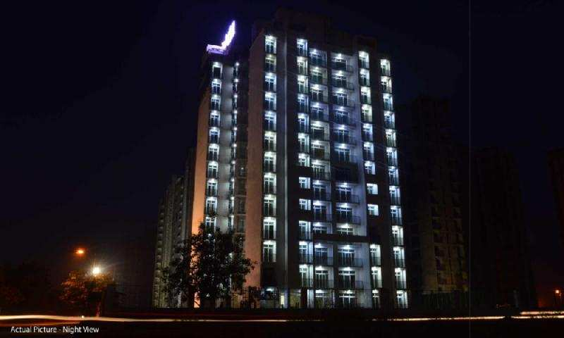 4 BHK Flat for sale at Amar Shaheed Path
