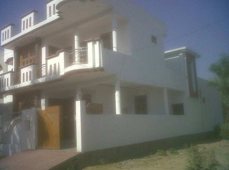 2 BHK House for sale in Ashiyana Colony, Lucknow