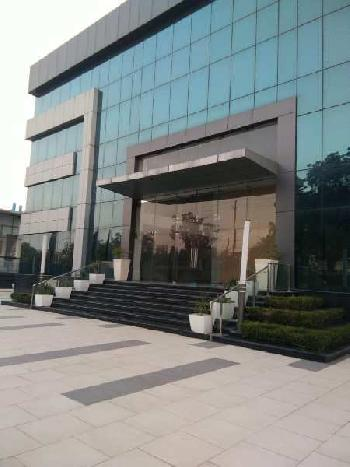 80,000-1,00000 sqft industrial/commercial space available for rent in sector-63,Noida