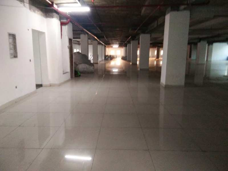 available 20000 sqft industrial factory for rent in sector 63 noida