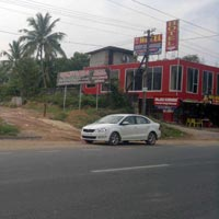 Trivandrum kazhakuttom Thonnakkal 5 acre land for rent.suitable for car showroom