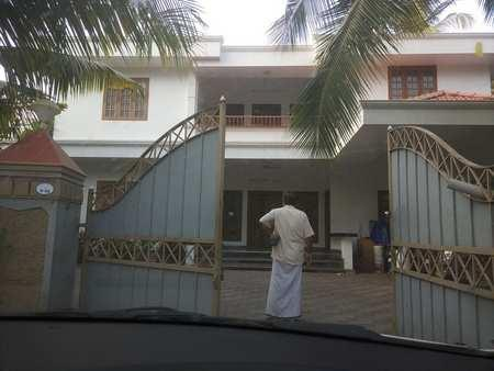 4 BHK Individual Houses / Villas for Sale in Kozhikode